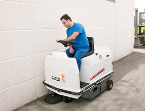 Industrial Cleaning Equipment - 75 Series Sweeper